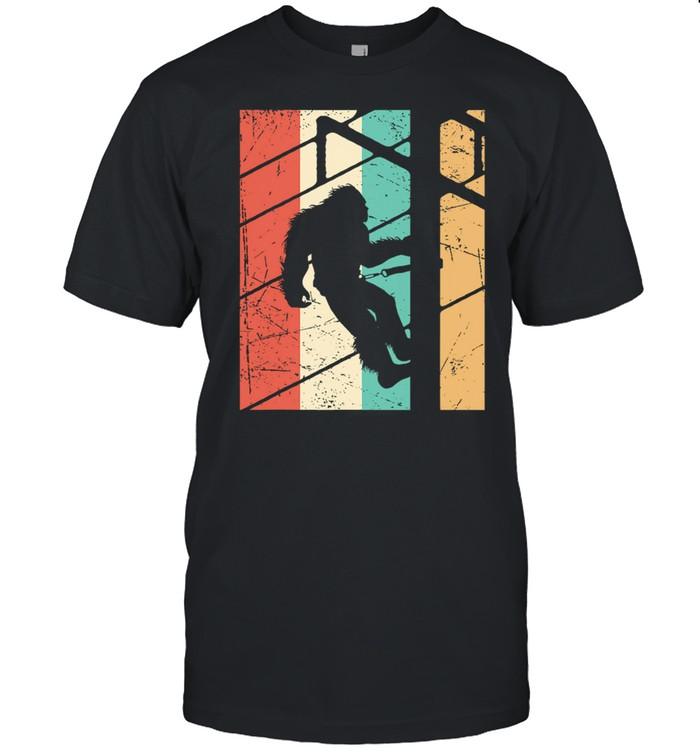 Retro Bigfoot Vintage shirt Classic Men's T-shirt