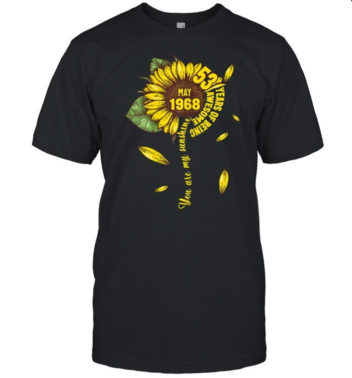May Girls 1968 53rd Sunflower Birthday Made in 1968 shirt Classic Men's T-shirt