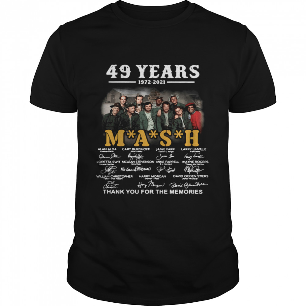 49 years 1972 2021 Mash thank you for the memories signatures shirt Classic Men's T-shirt