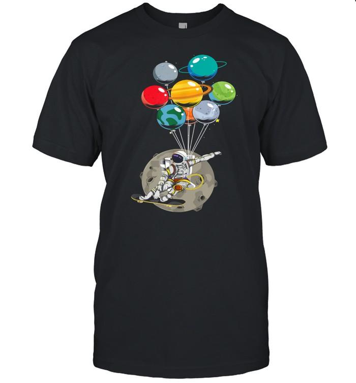Weltraum Universum Mond Skater Planet Ballon Astronaut  Classic Men's T-shirt